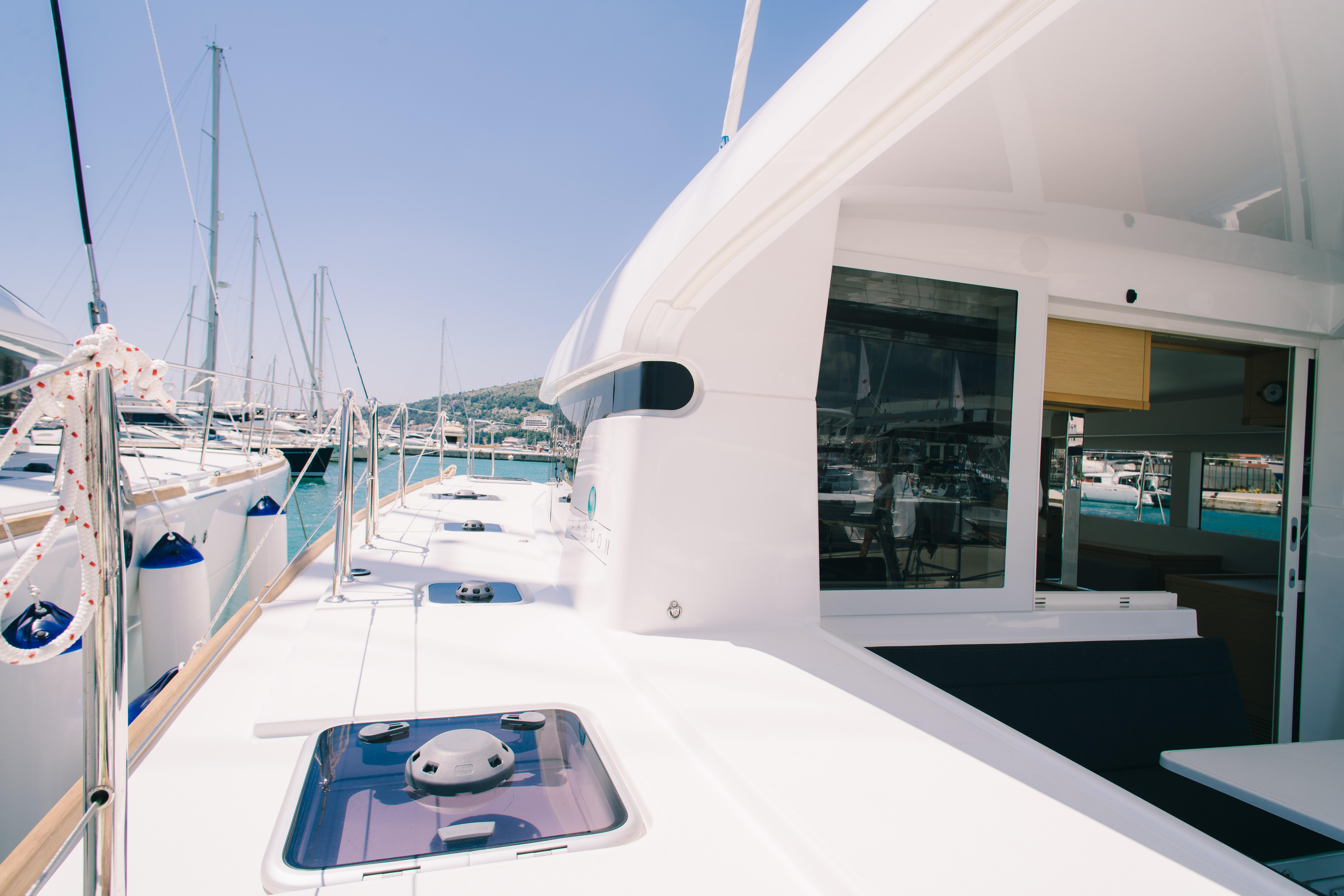 "Lagoon 39 ""Monique""   yacht & fun"